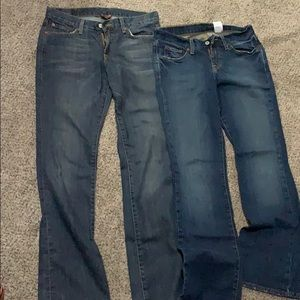 2 pairs of Lucky Brand Jeans! Great Condition!